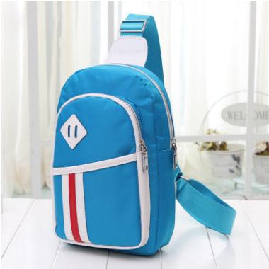 Pre-order กระเป๋าผ้าคาดอกใช้ได้ทั้ง ผู้หญิง ผู้ชาย กระเป๋ากีฬา สะพายไหล่สะพายสบายๆ ใส่ IPAD แฟชั่นสไตล์เกาหลี รหัส KO-722 สีฟ้า