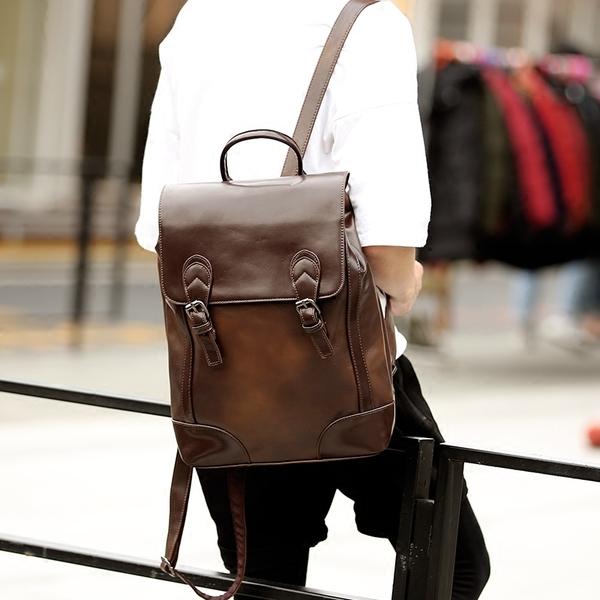 Pre-order กระเป๋าเป้สะพายหลัง ผู้ชาย แฟขั่นเกาหลี รหัส Man-9002-7 หนังสีน้ำตาล