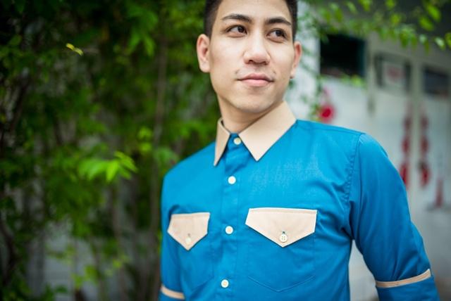 เสื้อเชิ้ตผู้ชาย สีฟ้าน้ำทะเล รุ่นสองกระเป๋า