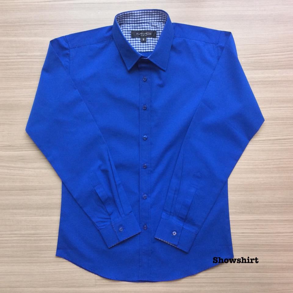 เสื้อเชิ้ตสีน้ำเงิน