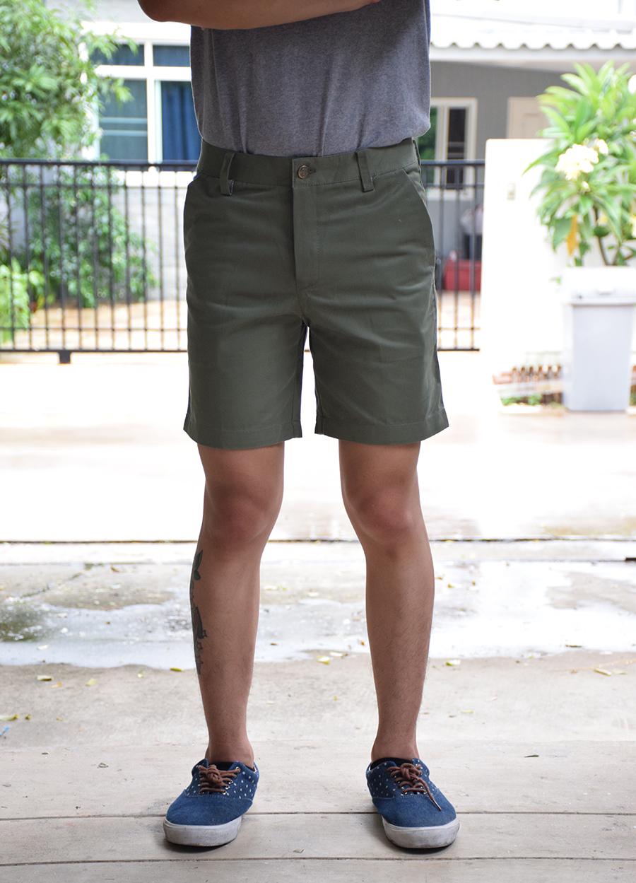 กางเกงขาสั้น สีเขียวทหาร