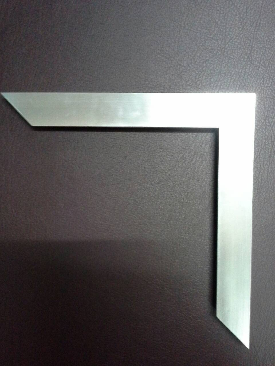 กรอบ013เงินเหลี่ยมใหญ่(5.0)