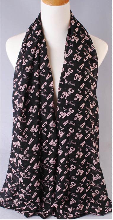 ผ้าพันคอผ้าชีฟองสีดำ ตัวอักษรABCสีชมพู