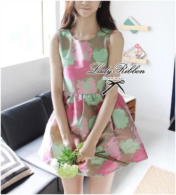 Lady Ribbon Graphic Style Dress เดรสลายดอก สีชมพูและเขียวอ่อน