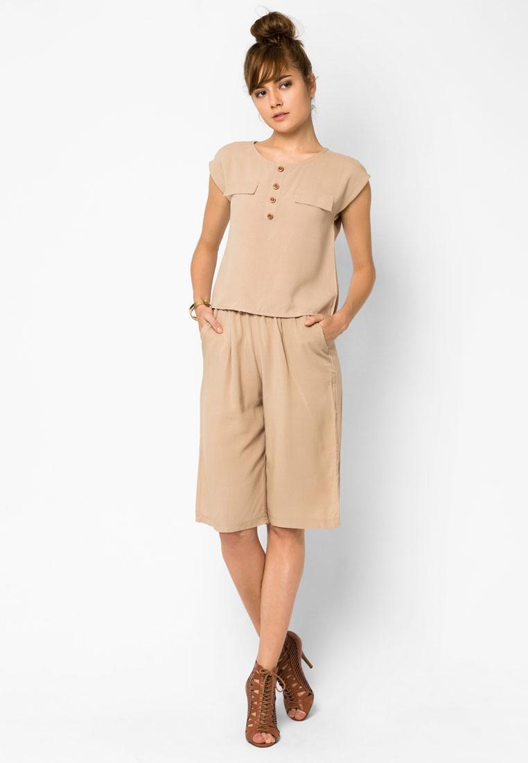 ชุดเสื้อและกางเกง Rustic Style