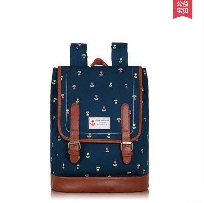 """กระเป๋าเป้สะพาย ยี่ห้อ Superlover สไตส์ญี่ปุ่น มีช่องใส่ Notebook14"""" สีน้ำเงินดอกไม้ (Pre-Order) ใบเล็ก"""